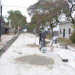 Esquina: La pavimentación e iluminación de la calle Velazco en su tramo final