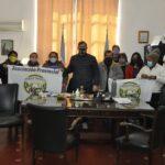 Esquina : El Intendente recibió a los feriantes en su despacho